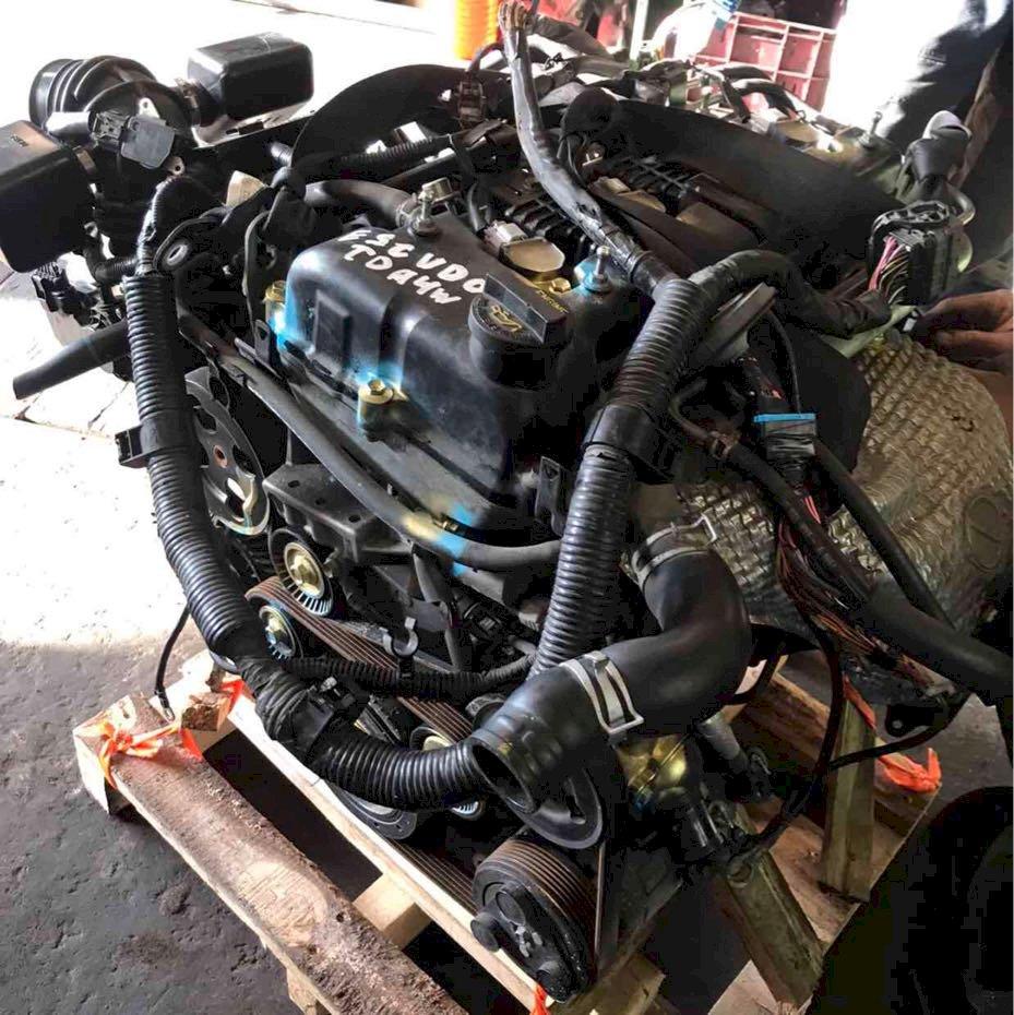 Двигатель (без навесного) для Suzuki Kizashi (RE91) 2.4 (J24B 178hp) 4WD CVT